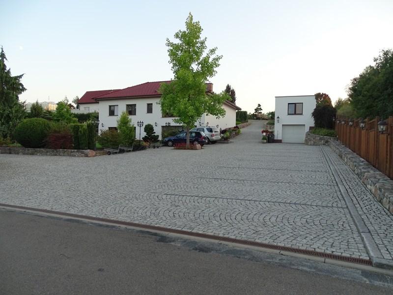 Nickel Irene Gärtnerei u. Baumschule - Garten-Landschaftsbau